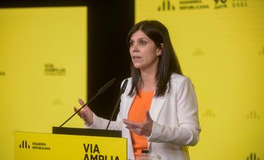La portaveu d'ERC, Marta Vilalta, en roda de premsa a la seu del partit aquest dilluns.