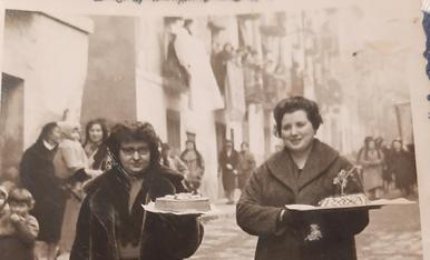 Amb la meva mare, la tieta i la meva cosina a la profesor de Santa Agueda