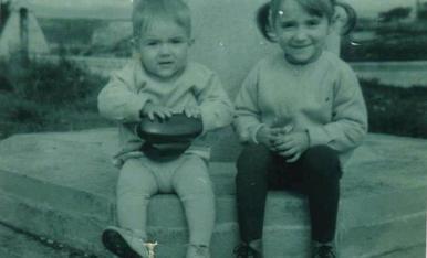 El meu estimat germà Oscar i jo mateixa, en algun lloc entre Lleida i Viella...