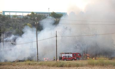© Espectacular incendi a Rufea