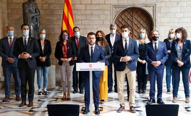El Govern de Pere Aragonès amb els consellers al Palau de la Generalitat.
