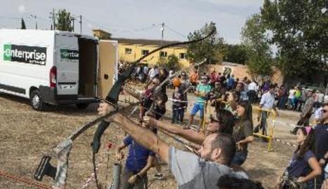 El certamen també va comptar amb concursos de bellesa i obediència canina amb més de 300 gossos i demostracions de tir amb arc.