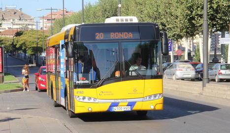 L'L20 Ronda és una de les línies amb més viatgers el 2015, amb gairebé 600.000.