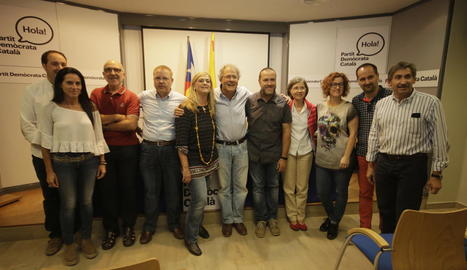 Membres de la candidatura de Reñé després de conèixer els resultats de les votacions.