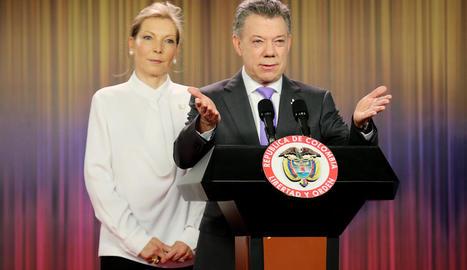 Santos i la seua dona, a Bogotà.