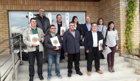 Foto de família del nou Consell Català de Producció Integrada.