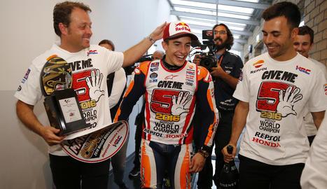 Marc, al costat d'Emili Alzamora, el seu mentor des dels inicis en el món de la velocitat.