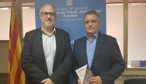 Joan Santacana i Jaume Forés, ahir, a Lleida.
