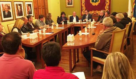 La reunió del conseller Rull amb alcaldes i autoritats dimarts a la nit a les Borges.