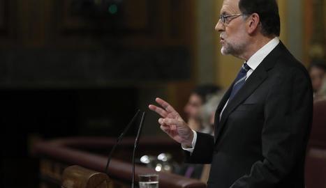 Mariano Rajoy a la tribuna del Congrés durant el seu discurs a la primera sessió d'investidura.