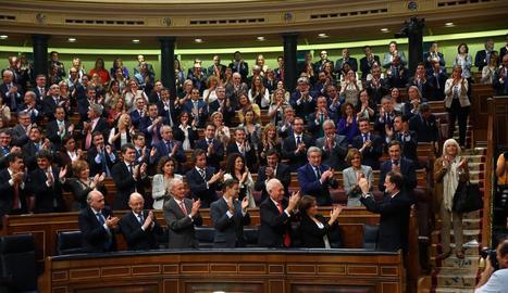 Rajoy celebra la seua investidura amb els diputats populars