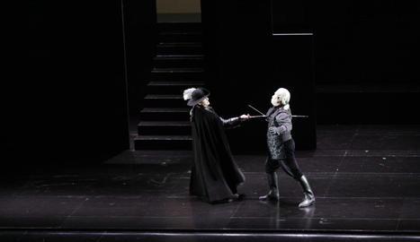 Un moment de l'òpera 'Don Giovanni' de Mozart, que va tenir lloc ahir al Teatre de la Llotja.