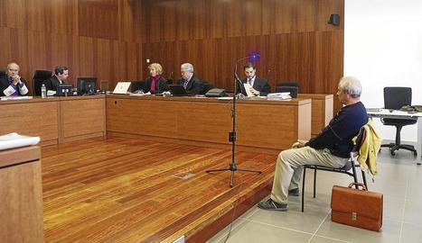 L'acusat va declarar ahir davant de l'Audiència Provincial de Saragossa.