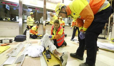 Simulacro de accidente a la estación de Lleida