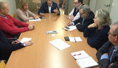 Imatge de la reunió d'ahir entre Paeria i patronals.