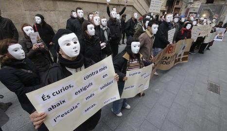 Flashmob d'Arrels per fer visibles les persones sense llar