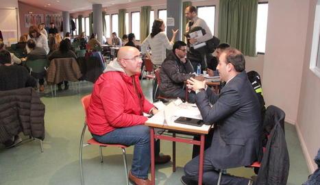 Una vintena d'empreses i 150 demandants de feina, al primer Meeting Point a Lleida