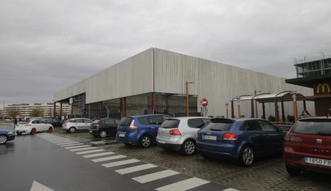 Avancen les obres de dos noves superfícies comercials a Lleida