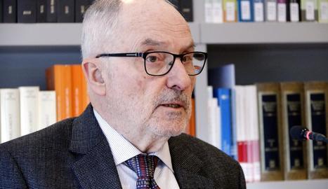 El síndic, Rafael Ribó, va presentar ahir l'informe sobre purins.