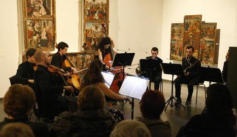 La violinista gal·la Alexandra Soumm i Camera Musicae omplen el Museu
