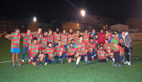 Tots els jugadors van posar junts al final de la sessió.