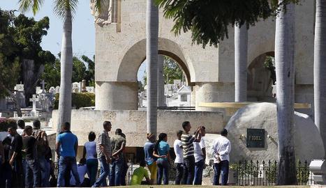 Vista de la tomba de Fidel Castro al cementiri de Santa Ifigenia.