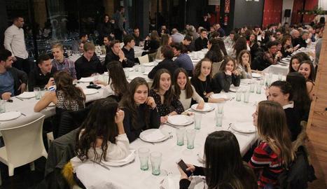 El CN Lleida premia els seus esportistes en la XVII Gala de la Natació