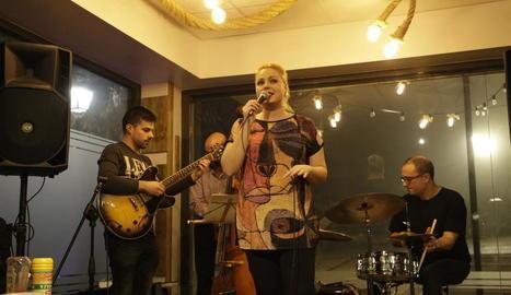 La cantant va actuar ahir a la nit a La Pinta en format quartet.
