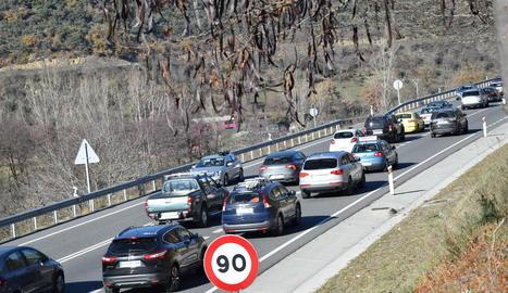 L'inici del pont va provocar cues a l'entrada d'Andorra.