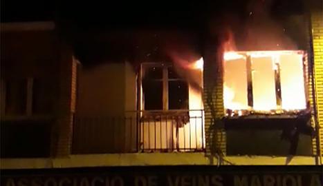 L'incendi en un pis de la Mariola