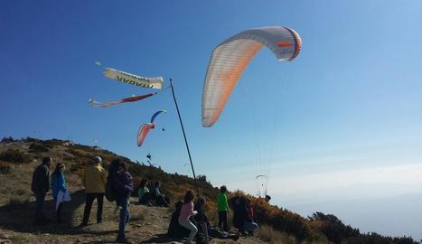 Una jornada de vol ahir des del Montsec a Àger.