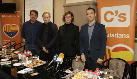 Els regidors de Ciutadans, ahir a l'esmorzar amb la premsa.
