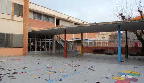 L'antiga escola Ginesta, que ara forma part de la de Torre Queralt, passarà a ser un institut.