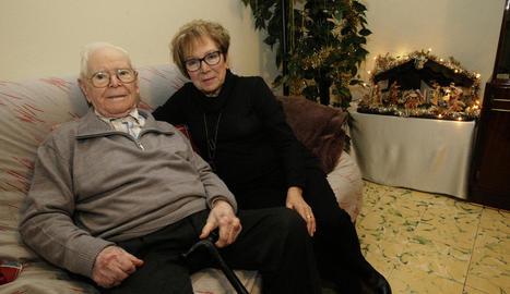 Pere Forcat, a la imatge al costat de la seua filla Enriqueta, complirà 109 anys demà.