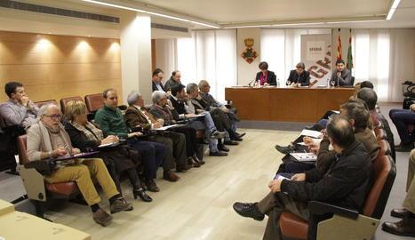 El ple del consell d'alcaldes del Segrià.