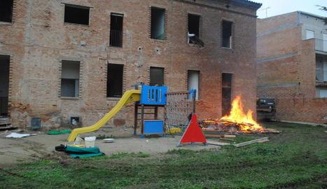 Bellvís inicia les obres per enderrocar l'antic convent