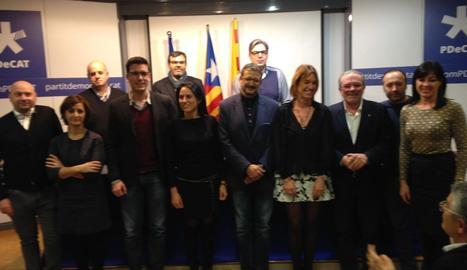 Foto de família del nou comitè local de Lleida del PDECat.