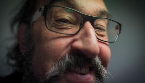 """Jesús Agelet: """"M'estic reconciliant amb el teatre, durant molts anys no hi anava perquè m'avorria"""""""