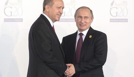 El president turc i el rus durant la reunió del G-20 a Antalya (Turquia) el novembre del 2015.