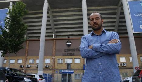Jordi Esteve, en una imatge d'arxiu davant del Camp d'Esports.