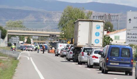 Imatge d'arxiu de retencions per un accident a Vallfogona de Balaguer.