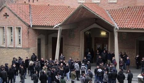 L'església del Sagrat Cor de Balaguer va acollir dilluns el funeral pel jugador del Balaguer.
