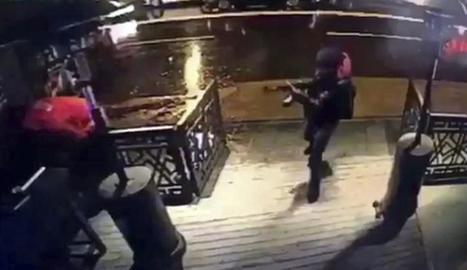 Captura de vídeo que mostra el terrorista al club atacat i una imatge del sospitós.