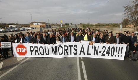 Una de les protestes per reclamar solucions a l'elevada sinistralitat de la carretera N-240 a Lleida.