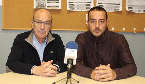 El president, Antonio Aiguadé, i l'entrenador, Jordi Cortés, ahir durant la compareixença.