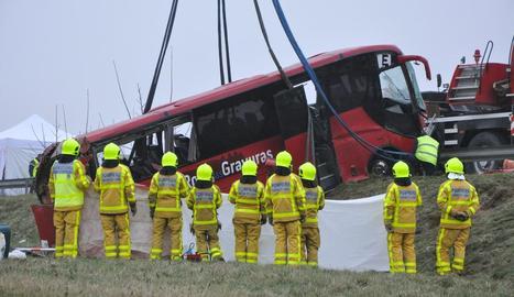 L'autocar sinistrat a França.