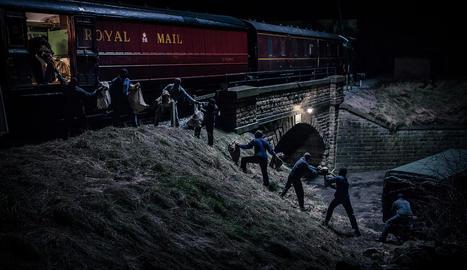 Van atracar un tren a prop de Londres amb 2,6 milions de lliures.