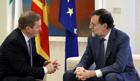 Rajoy i el primer ministre d'Irlanda, Enda Kenny, ahir durant una trobada mantinguda a La Moncloa.