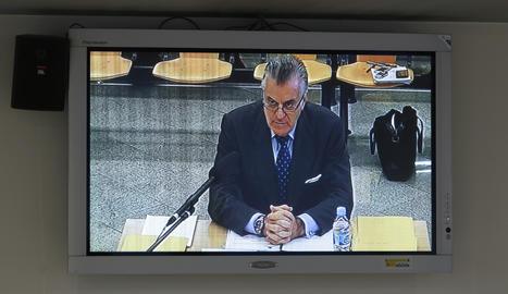 Imatge del monitor instal·lat a la sala de premsa de l'Audiència Nacional Luis Barcenas