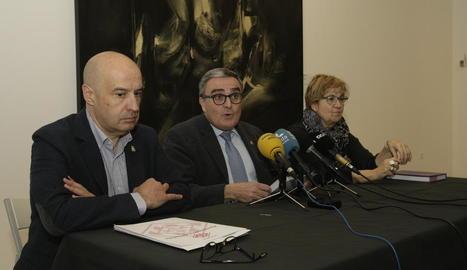 Ros va presentar les xifres amb Rafael Peris i Montse Parra.